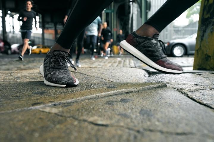"""街を無限に面白くする""""ストリートランニング""""のための新モデル「adidas PURE BOOST GO アディダス ピュア ブースト ゴー」が8/23から先行予約 [AH2311,AH2319,AH2323]"""