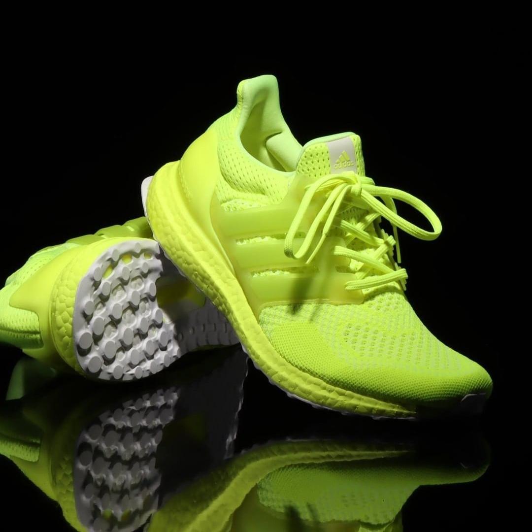 """1/27 発売!adidas Originals ULTRA BOOST DNA """"Solar Yellow"""" (アディダス オリジナルス ウルトラ ブースト DNA """"ソーラーイエロー"""") [FX7977]"""
