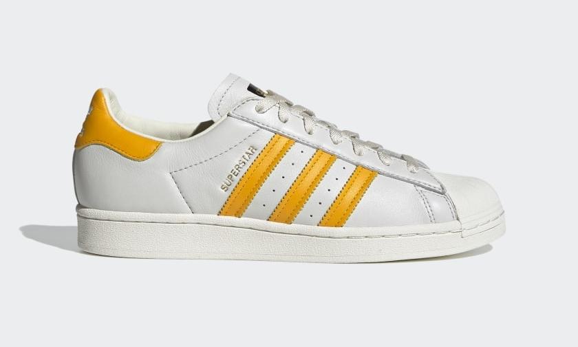 "adidas Originals SUPERSTAR ""Off White/Collegiate Gold"" (アディダス オリジナルス スーパースター ""オフホワイト/カレッジゴールド"") [H68170]"