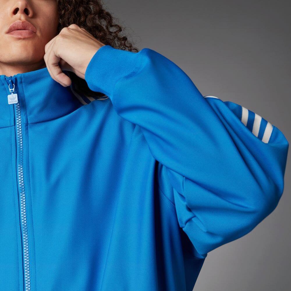 9/15から始動!adidas Originalsを象徴するブルーバードを基調に、プレミアム素材とファッションの視点でアーカイブをクラシックなモデルに進化させたコレクション「Blue Version」 (アディダス オリジナルス)